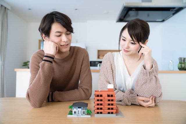 リフォーム?住み替え?部屋の広さや住宅ローン審査の可否を元に「選び方」を紹介